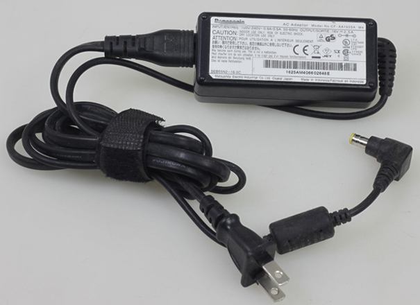 NEW Original PANASONIC CF-AA1625A M1 CF-AA1625A M2 16V 2.5A 5.5mm*2.5mm Laptop AC Adapter