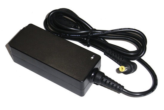 Dell 19V 1.58A 30W Y200JLC.ADT00.006 ADP-50SB REV.C Laptop AC Adapter
